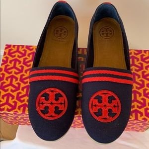 Tory Burch Raymond Slip On Sneaker in navy/red